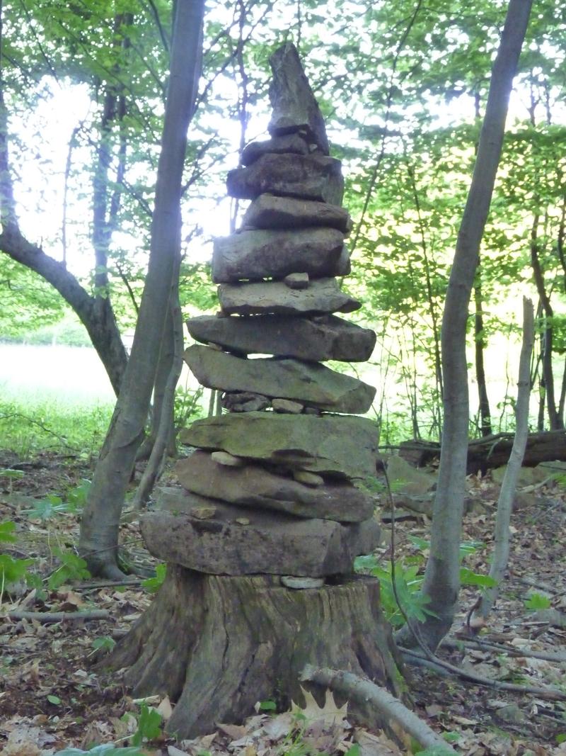How Build Garden Cairn