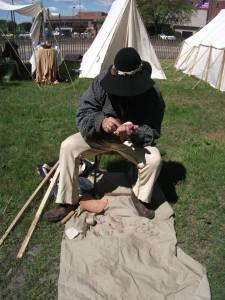 Flint knapping and bow making (this is flint knapping)