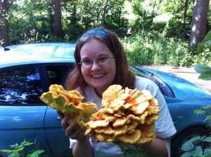 Dana and Chicken of the Woods!