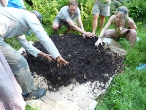 Sheet mulching at Sirius Ecovillage
