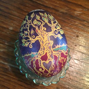 Here's my completed tree egg!