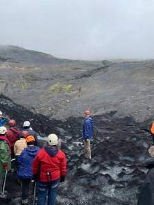 Mountain where Sólheimajökull used to reach
