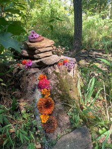 Creating Individual or Small Group Rituals: A Step by Step Guide Altar_fallequinox